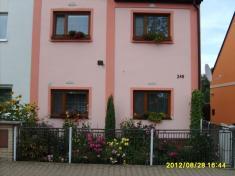 Soutěž onejkrásnější okno,balkon.. rok 2012Hartmannovi 3.místo