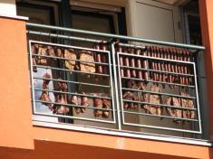 Soutěž onejkrásnější okno, balkon, předzahrádku r.2008 - výzdoba pana starosty:-)