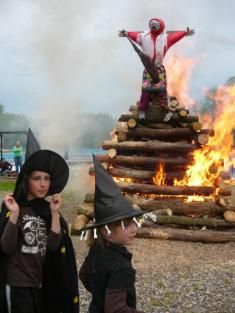 Pálení čarodějnic nakoupališti 2010