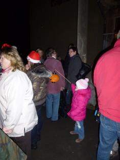 Rozsvěcování vánočního stromečku r.2011- program vZŠ